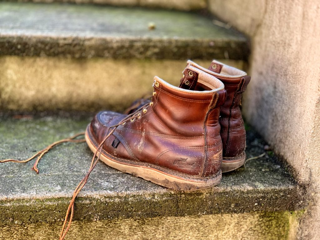 Thorogood Moc Toe Boot In Tobacco Leather Review